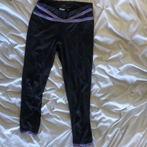ankle length dark grey workout leggings